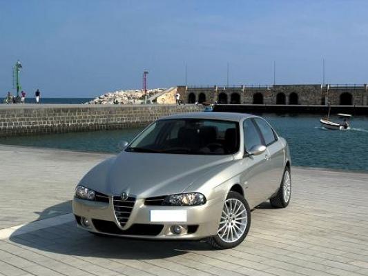 Alfa_Romeo-156