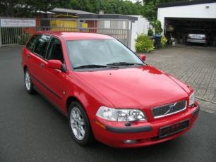 Volvo_V40_1996-2003